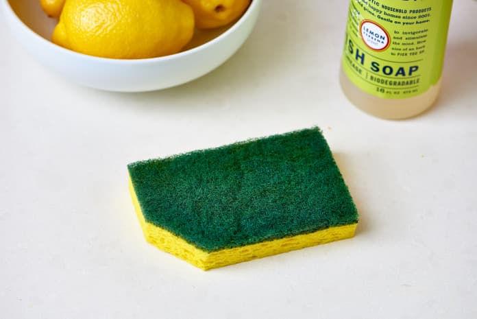 spongecleaning